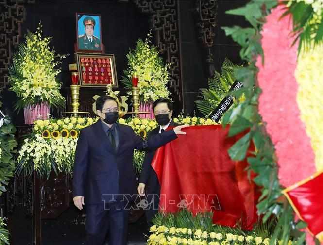 Ảnh: Lãnh đạo Đảng, Nhà nước viếng Đại tướng Phùng Quang Thanh - 8