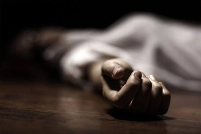 Nhân viên y tế ở Nghệ An tử vong trong phòng làm việc - 1