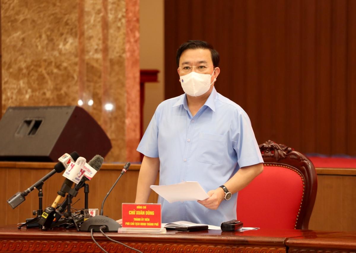 Ông Chử Xuân Dũng phát biểu tại cuộc họp báo.