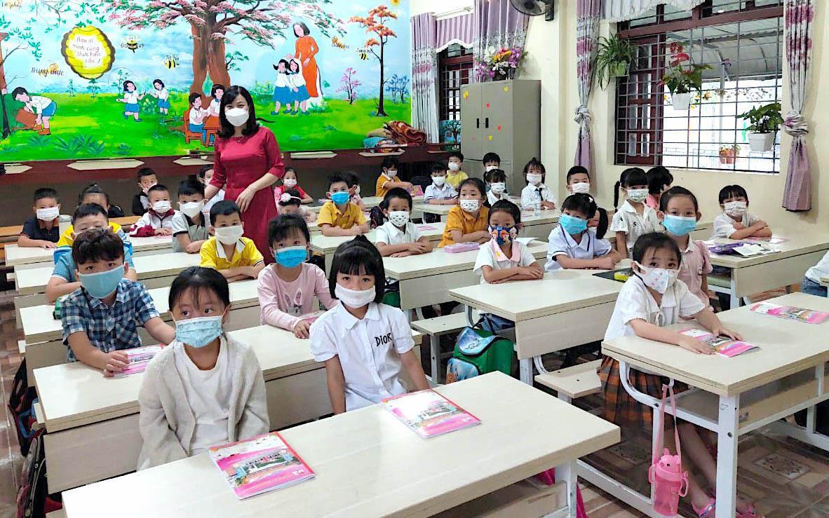 Khi nào học sinh Hà Nội đi học trở lại? - 1